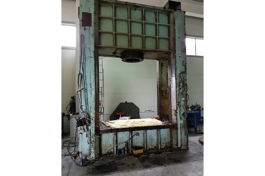 Modernizacja pras hydraulicznych